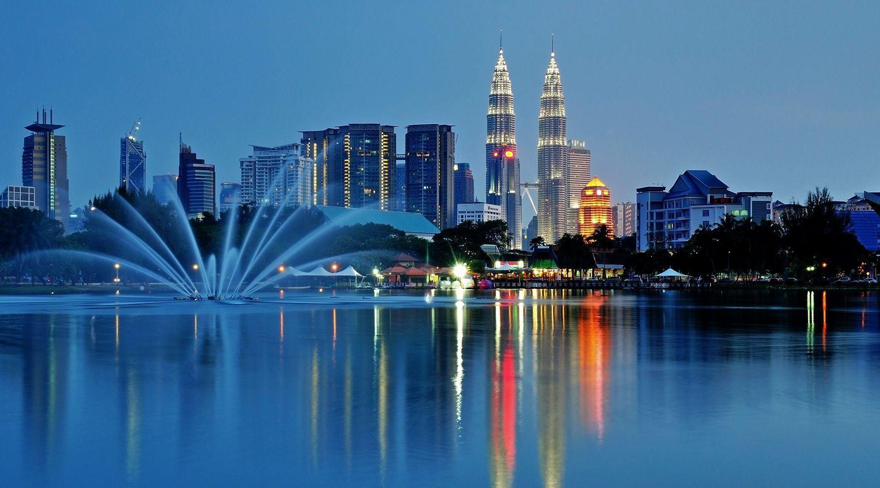 KualaLumpur1 - مسارات مقترحة لماليزيا