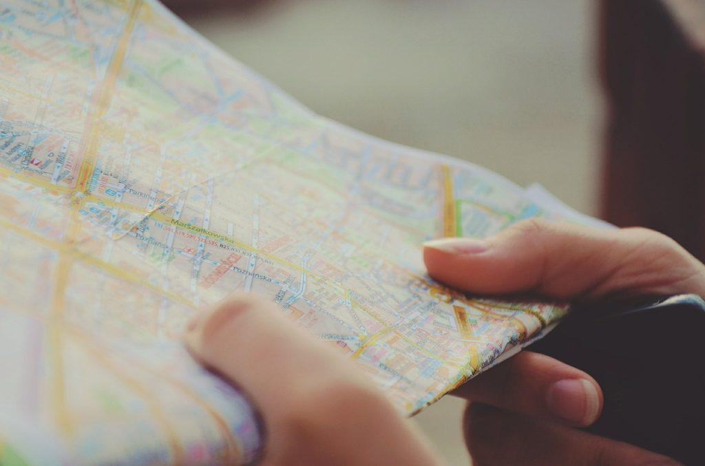Planning2 1024x677 - كيف تنسق برنامجاً سياحياً ناجحاً