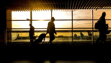 airport 1822133 1920 390x220 - آداب قبل السفر : جميع ما يجب عليك معرفته
