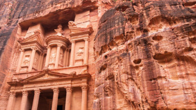 Photo of البتراء الوردية أرض العجائب